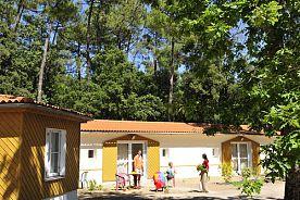 LONGEVILLE-SUR-MER - Demi-pension en Village Vacances
