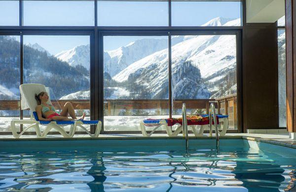 s jour ski tout compris pas cher valloire r sidence le hameau avec piscine. Black Bedroom Furniture Sets. Home Design Ideas