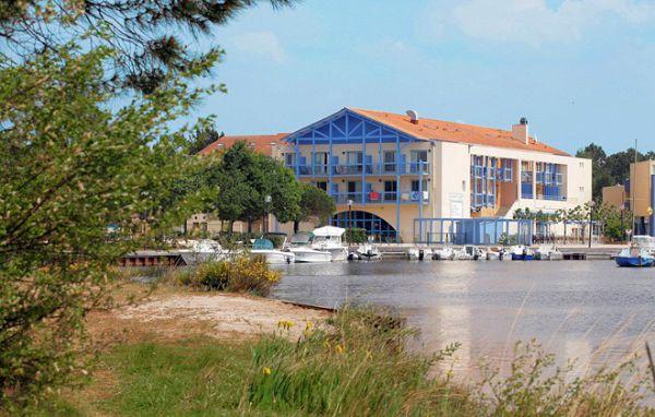 VACANCES JUILLET - HOURTIN - Résidence du Port