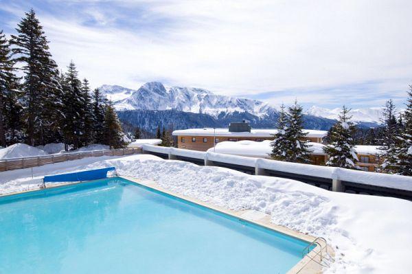 Vacances noel nouvel an ski chamrousse avec forfait et for Piscine sud les dauphins grenoble